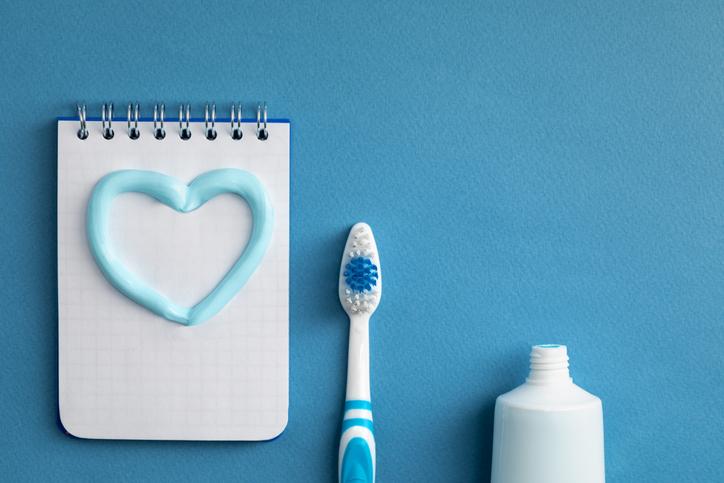 Salud bucodental: así influye en tu corazón