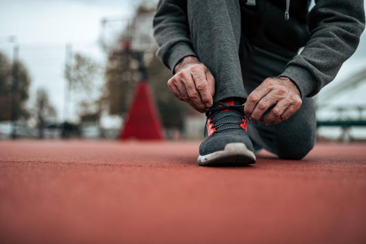 Practicar deporte más allá de los 70: una eficaz herramienta de prevención