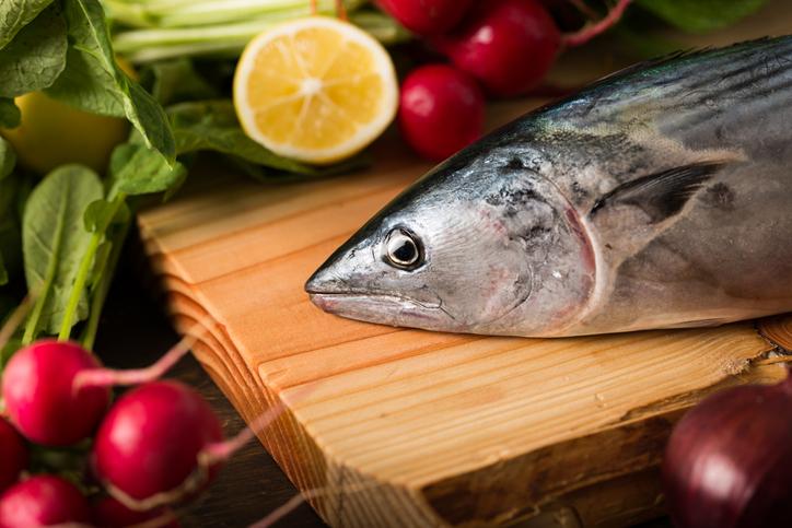 Pescados, aliados esenciales para la salud cardiovascular