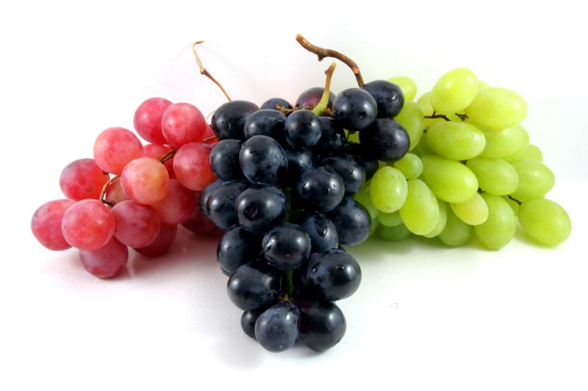 Uva, fruta milenaria llena de propiedades saludables - Fundación Española  del Corazón